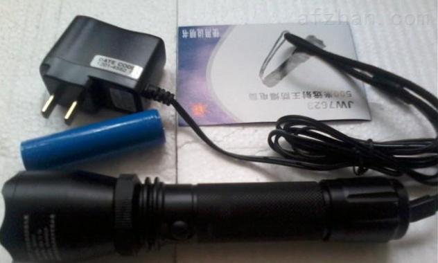 jw7623多功能强光防爆电筒