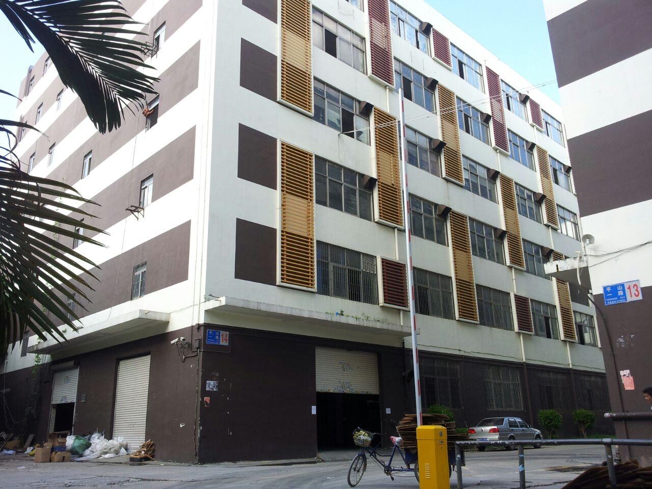 交通便利,招工方便,厂房总面积11250平方米,共六层,单层面积1875平方